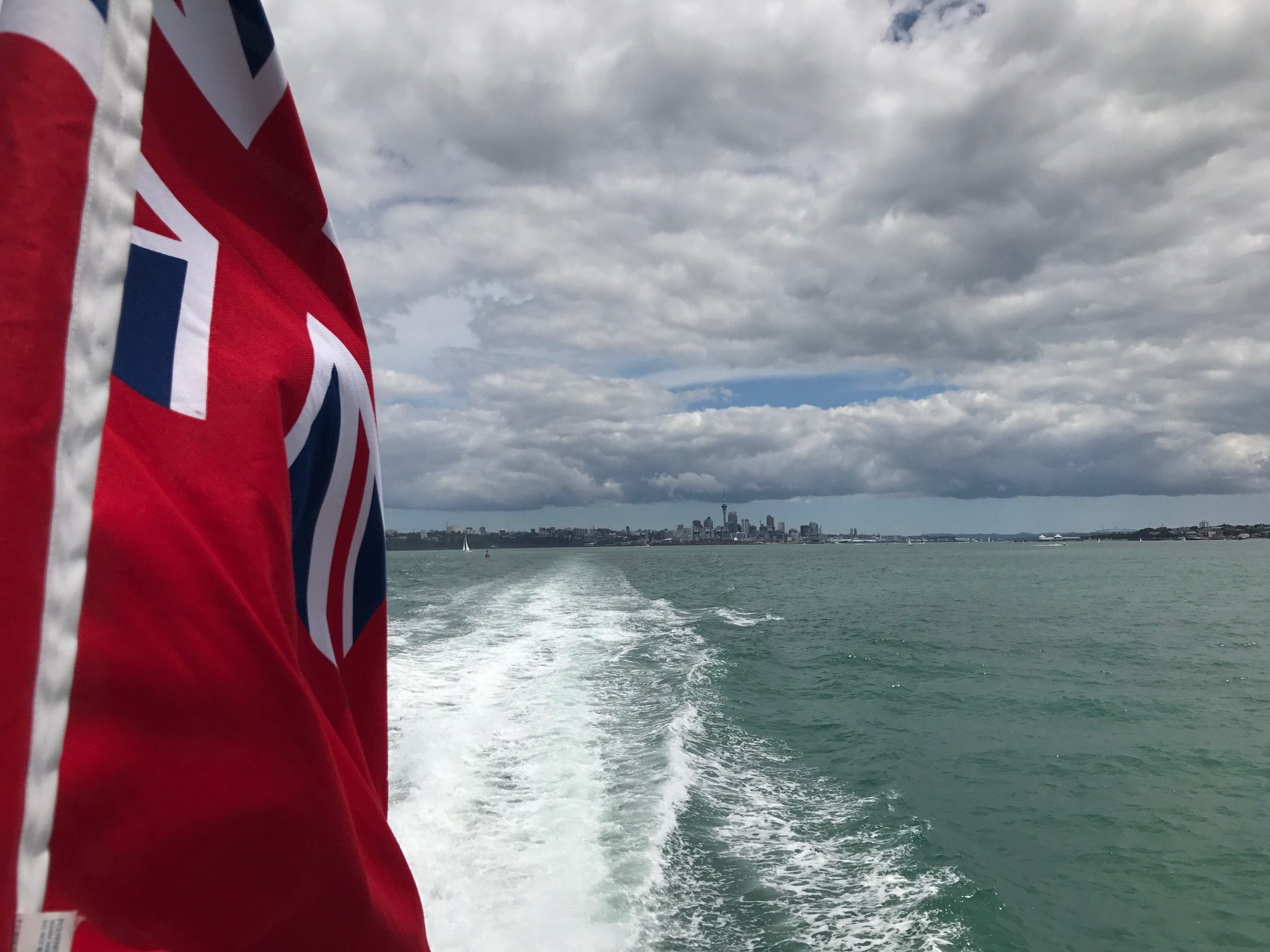 Sailing to Waiheke Island from Auckland